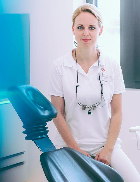 dr_anna_schlenker_02